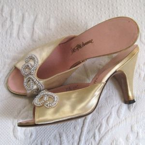 Vintage beaded satin heels . hollywood satin heels